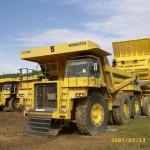 Consignment of mining trucks transporting from Samarinda to Darwin