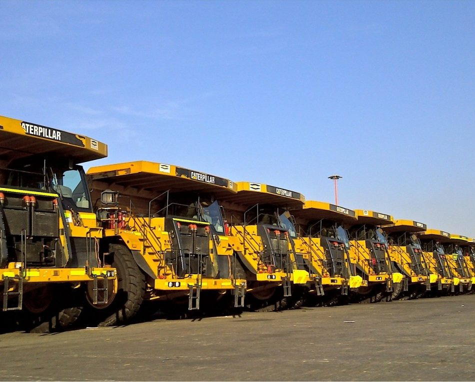Project logistics management of Caterpillar dump trucks