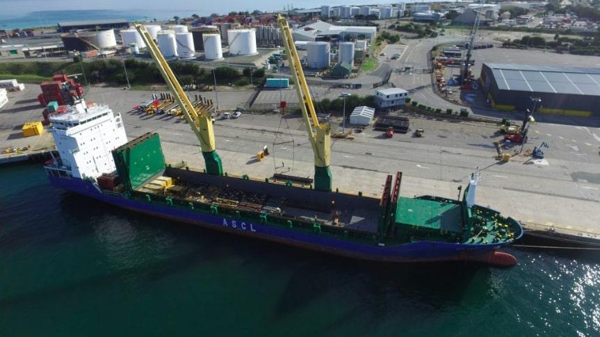 Caterpillar 6090 Front Shovels arriving at Fremantle Port on break bulk vessel
